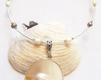 White Pearl In Shell Necklace, Shell Choker, Pearl Necklace on Memory Wire  ID 082