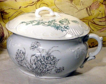 Antique Chamber Pot Aesthetic Movement Transferware Ironstone Green Carnation Lid Cover