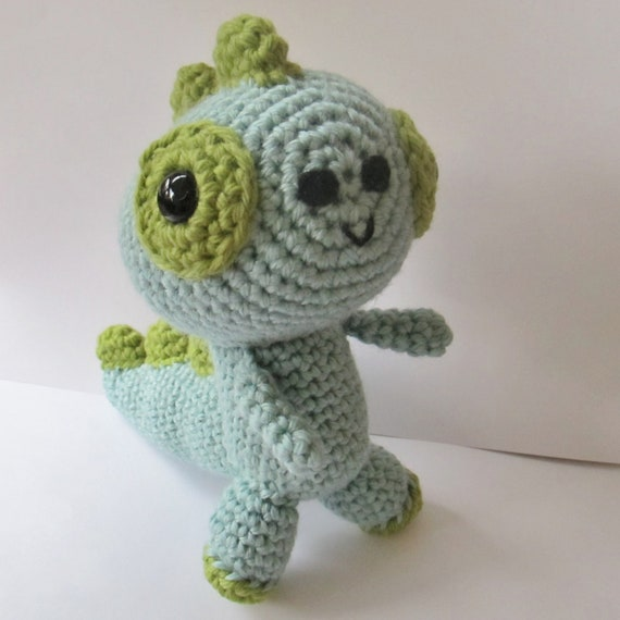 Crochet Patterns Free Doll Clothes : Amigurumi T-Rex Dinosaur Plushie by anapaulaoli on Etsy