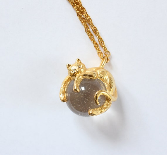 vintage 90's CRYSTAL BALL CAT golden chain rhinestone necklace