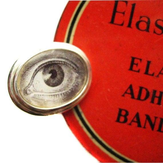Victorian Lovers Eye Charm Ring from Hoolala