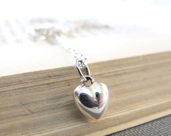 Heart Necklace, Silver Necklace, Love Heart, Silver Chain, Silver Jewelry, Silver Heart, Puff Heart, Simple Elegance
