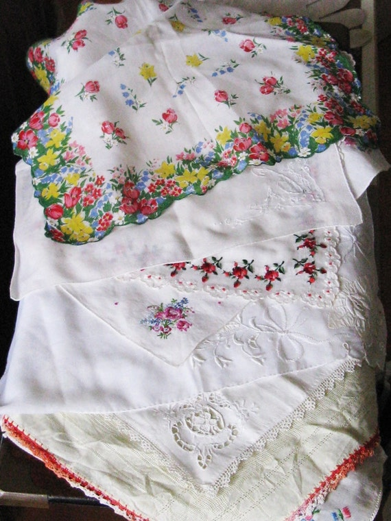 Lot of 10 Vintage handkerchiefs, embroidery, lace