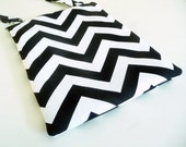 Black and White Chevron Purse, iPad Bag, Crossbody, Adjustable Strap