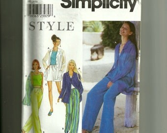 Simplicity Misses' Jacket, Pants, and Shorts Pattern 9217