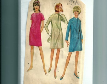 Vintage McCall's Misses' and Junior Dress Pattern 8862