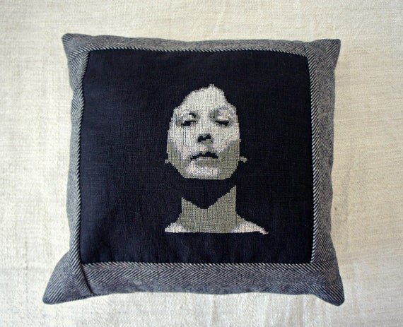 Isadora Duncan - Cross Stitch Embroidered Pillow Cover