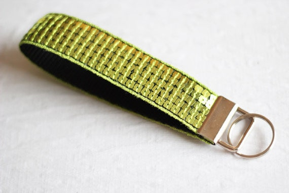 Wrist keychain - wristlet - lime green - sequins - glitter - paillettes - useful - Sparkle - stocking stuffer