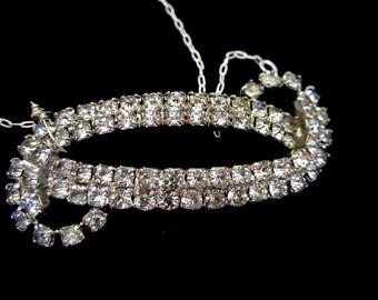 Rhinestone Swirl - Vintage Necklace