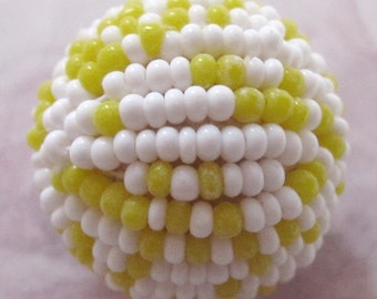 vintage yellow and white beaded ball 21mm - f2992