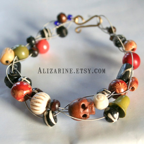 Tribal wood and bone - Strung-Out guitar string bracelet