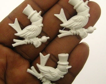 Only 3 Sets in Stock-5 Vintage White Lucite Singing Bird Cabs