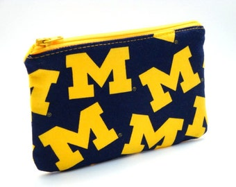 Zippered Pouch-U of M