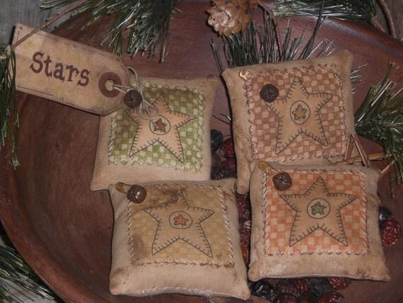 Set of 4 Primitive Country Folk Art Stars Bowl Fillers Ornies Ornaments Tie Ons Mini Pillows Tucks