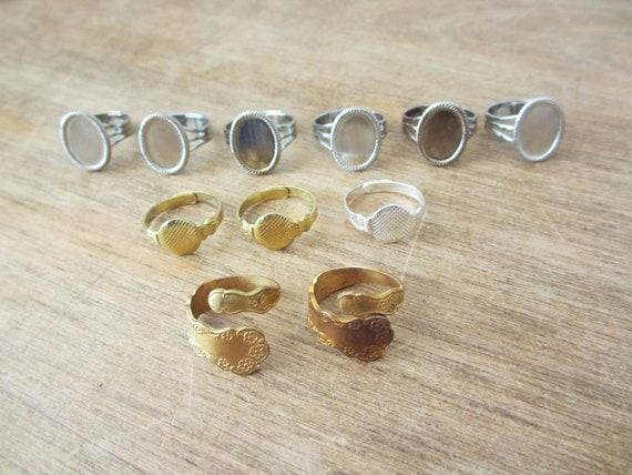 Set of 11 adjustable ring bases