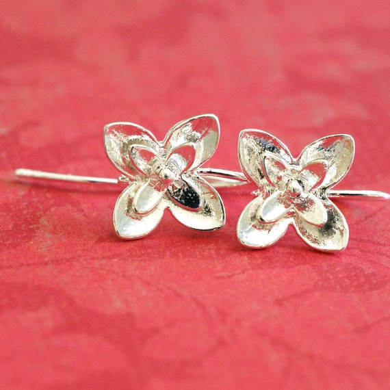 Sale 2 pairs Silver finish Four Leaf Flower Earwires Hooks