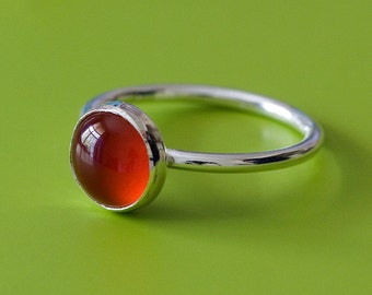 Round Carnelian Stacking Ring in Sterling Silver 8 mm, Carnelian Gemstone Ring, Size 2 to 15, Minimal Ring, Womens Ring, Gift for Her