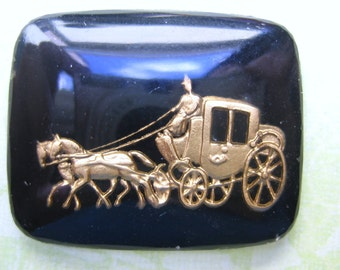 Vintage glass CInderella cameo intaglio cab romantic stagecoach black gold reverse painted etched (1)