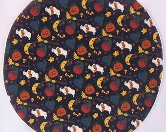 Centerpiece Mat with Ghosts & Pumpkins  #F/H-161