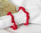 Crochet Holiday Lace Napkin Rings in White and Red, Cottage Chic Home Holiday Decor, Christmas Table Decor, Set of 4