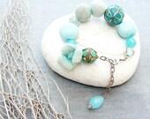 Fresh Breeze - Bracelet with Gemstone, Alpaca, Glass and Felt