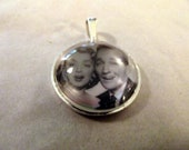 Bing Crosby with Rosemary Clooney 1950s Singing Sensations   Glass Domed Pendant