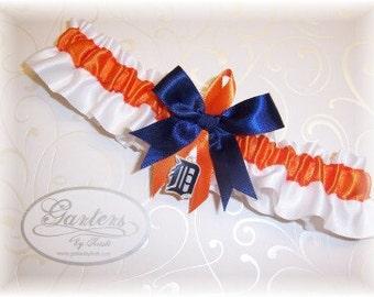 Detroit Tigers Wedding Garter   Handmade  Toss   Satin w-ONO
