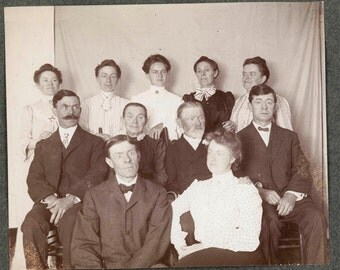 vintage photo Group of Victorian Strange People Scary eerie eyes albumen unusual
