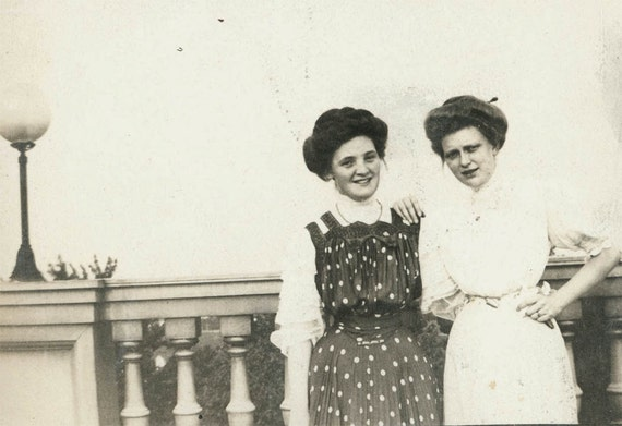 vintage photo 1903 Polka Dot Dress May with her Friend