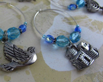 PEACE ON EARTH 6 pewter wine charms, jewish crystal ring set, judaica table jewelry, hebrew blue aqua czech crystals