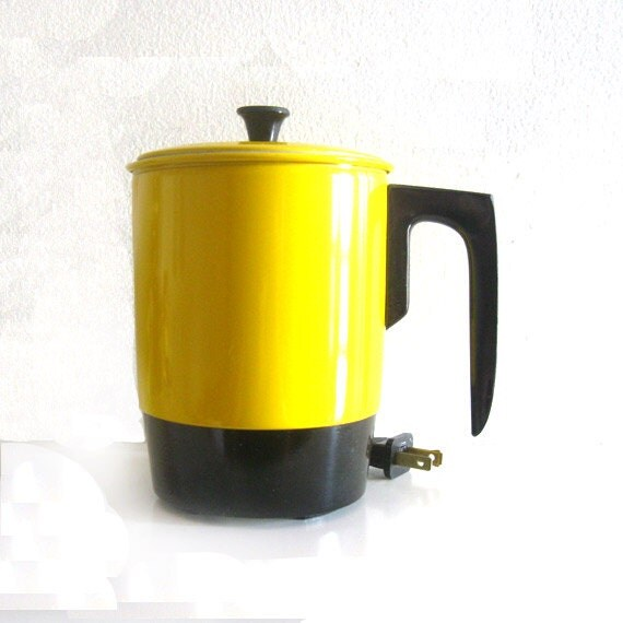 Electric Hot Water Kettle ~ Vintage electric hot pot water kettle by haliant unused
