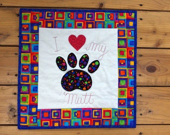 Paw Print Quilted Wall Hanging, Dog Paw Print Applique, Dog Lovers, Quiltsy Team