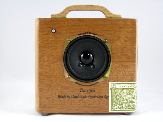 Portable Cigar Box Amplifier Speaker for iPhone, iPod, MP3 Player, or Computer