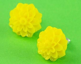 Chrysanthemum Flower Ear Posts - Yellow