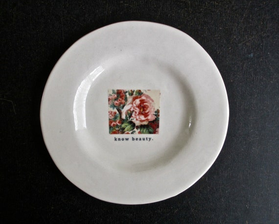 KNOW BEAUTY floral plate.