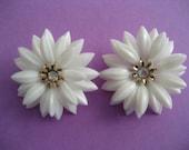 Vintage DAISY Clip Earrings by CORO, Triple Layer, White