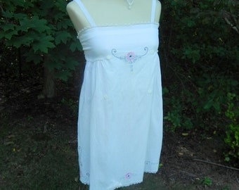 Vintage Embroidered Apron Tunic, Pink Blue on White, Alice in Wonderland, Fairy