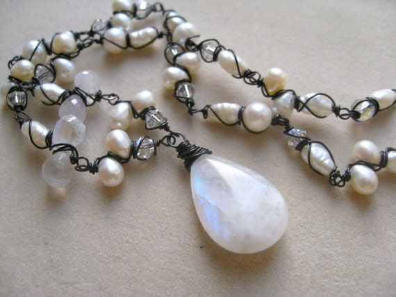 Moonstone and White Pearls Necklace in Oxidized silver