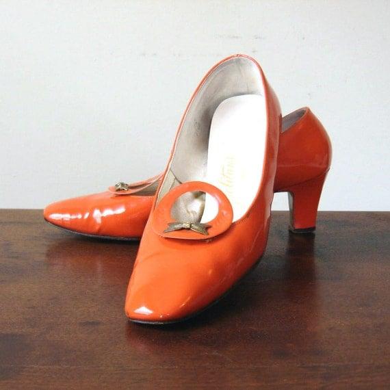 Mod Orange Shoes Tangerine Patent Leather w/ Bows Vintage Swinging 60s Size 6