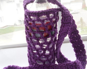 Crochet bottle holder, crochet bottle carrier in  purple