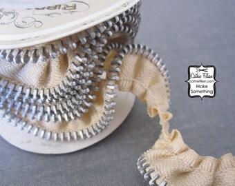 Oatmeal Zipper Ribbon - Gathered Trim Tape - 1 yard - Melissa Frances - zipper flowers and embellishments
