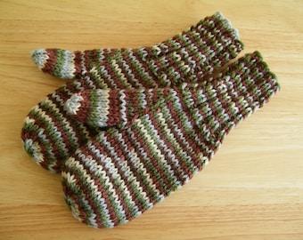 Child Medium Mittens Wool Hand Knit Harmony