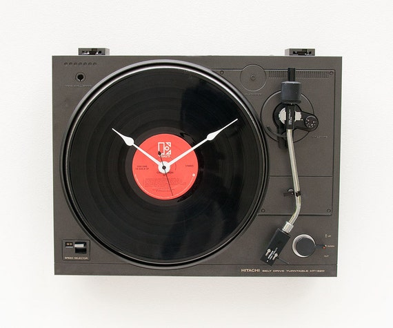 Recycled Hitachi Turntable Clock