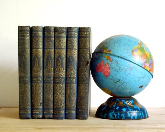 Vintage Books Mothers Encyclopedia, 1950 Six Volumes Parenting Parenthood Advice