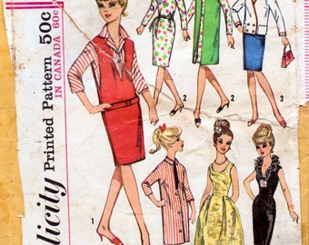 Vintage Sewing Pattern Simplicity 5673 Wardrobe for 11 1/2 inch Teen Model Doll Complete