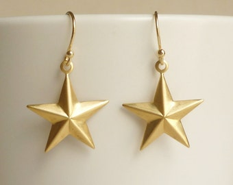 Large Brass Gold Star Earrings, Bridesmaid Gift. Minimal Jewelry,Gift under 15