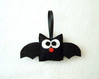 Bat Ornament, Christmas Ornament, Halloween Ornament, Bertie the Black Bat - Made to Order, Christmas Decoration, Felt Ornament