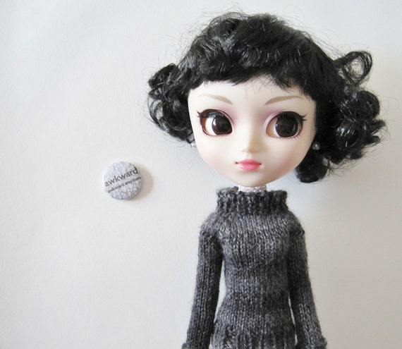 Hand Knit Charcoal Grey Sweater - Long Sleeved Raglan Designed for Pullip with Cuffs