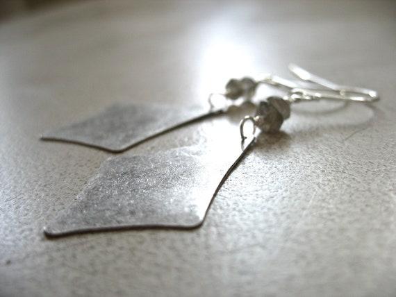Labradorite Earrings, Labradorite Chandelier Gemstone Dangle Drop Earrings, Metalwork labradorite Jewelry, FREE Shipping