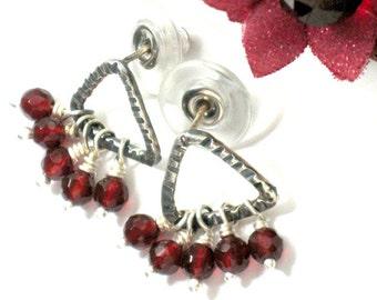 Sterling Silver Stud Earrings, Silver Red Agate Earrings, Red Agate Studs, Gemstone Bead Earrings, Everyday Earrings, Hammered Earrings